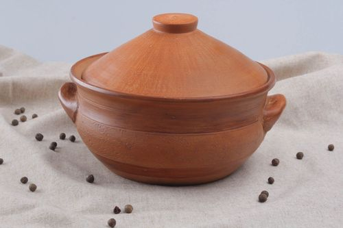 Clay pot with a lid - MADEheart.com
