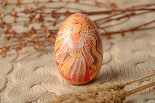 Painted Easter egg decorated with carving - MADEheart.com