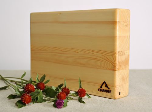 Larch wood yoga block - MADEheart.com