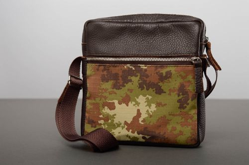 Mens shoulder bag - MADEheart.com
