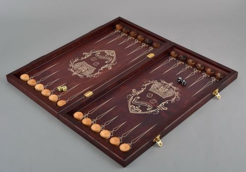 Handmade wooden backgammon - MADEheart.com