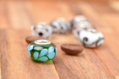 Handmade jewelry making supplies glass bead handmade glass beads fashion trends - MADEheart.com