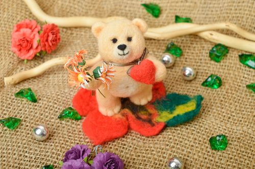 Handmade toy animal toy gift ideas unusual toy for kids woolen toy for children - MADEheart.com