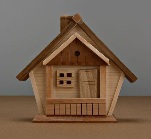 Wooden money-box House - MADEheart.com