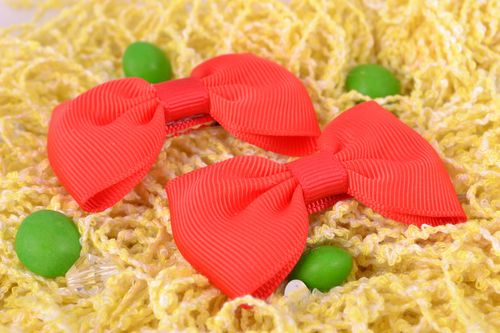 Set of beautiful handmade red ribbon hair bows 2 pieces - MADEheart.com