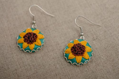 Rococo embroidered dangle earrings Sunflowers - MADEheart.com