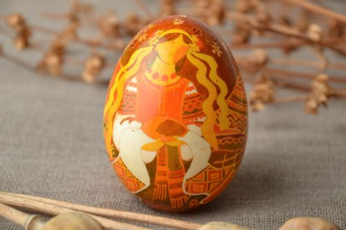 Handmade designer pysanka painted with aniline dyes - MADEheart.com
