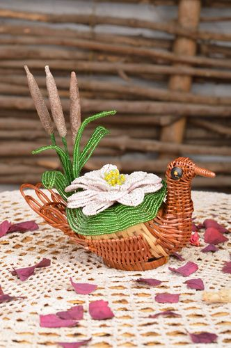 Beautiful handmade designer straw cachepot with beaded flower for home decor - MADEheart.com