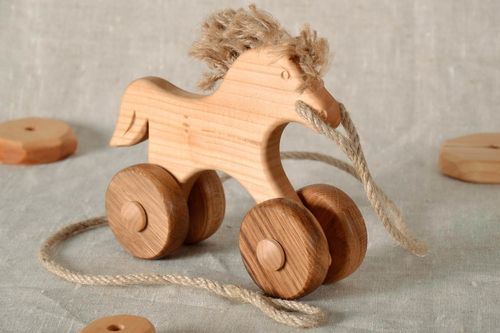 Toy on wheels Horse - MADEheart.com