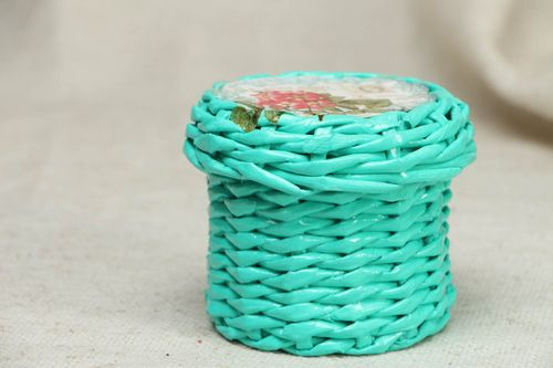 Round woven jewelry box - MADEheart.com
