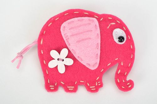 Beautiful bright handmade felt childrens brooch in the shape of pink elephant - MADEheart.com