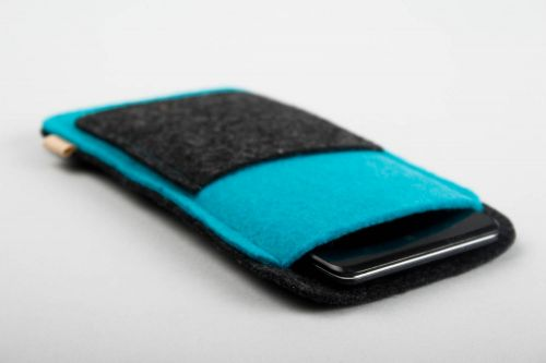 Handmade phone case phone accessories woolen phone case designer accessories - MADEheart.com