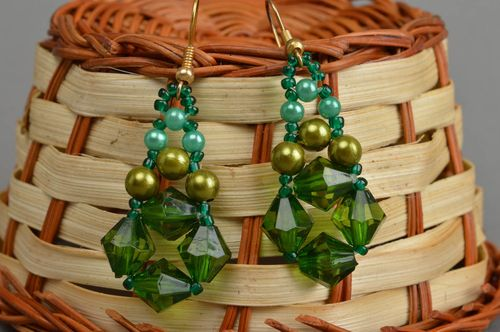 Handmade green drop earrings unique beaded jewelry present for girlfriend - MADEheart.com