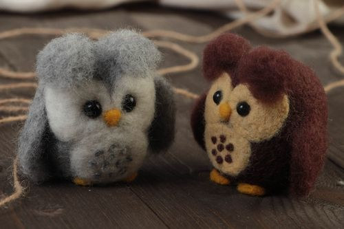 Small handmade collectible felted wool soft toys set 2 pieces Owls - MADEheart.com