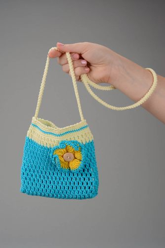 Childrens knitted bag - MADEheart.com
