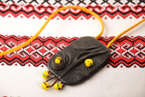 Handmade leather pendant fashion jewelry leather accessories designer necklace - MADEheart.com