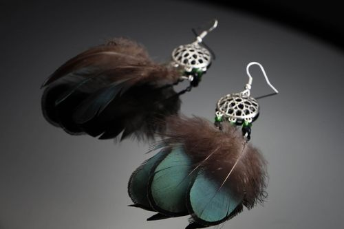 Earrings with feather - MADEheart.com