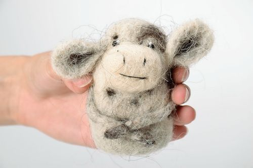 Felted toy Cow - MADEheart.com