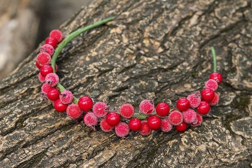 Headband, head wreath made from artificial berries - MADEheart.com