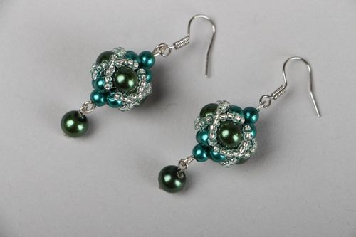 Beaded earrings - MADEheart.com