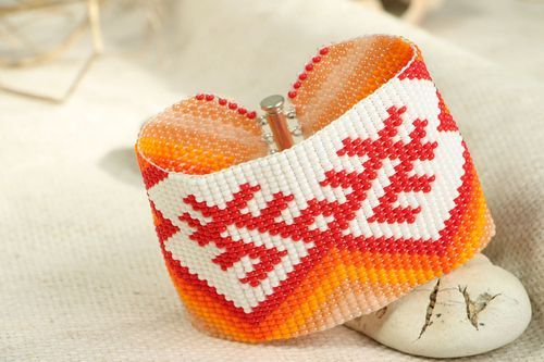 Beaded bracelet Women who give birth - MADEheart.com