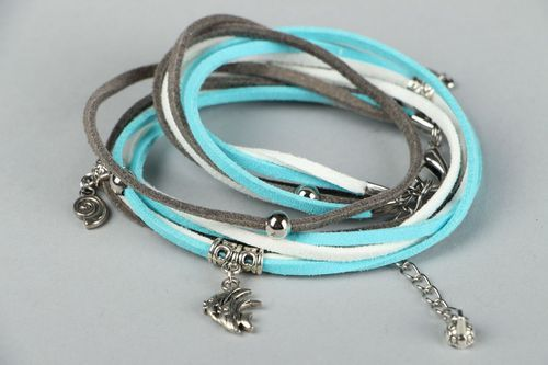 Bracelet made ​​of suede in marine style - MADEheart.com