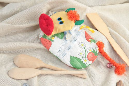 Unusual handmade pot holder home goods beautiful cooking tools kitchen supplies - MADEheart.com