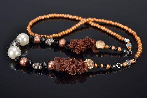 Homemade beaded necklace - MADEheart.com