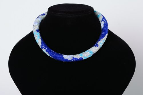 Short handmade woven beaded cord necklace of adjustable size Blue - MADEheart.com