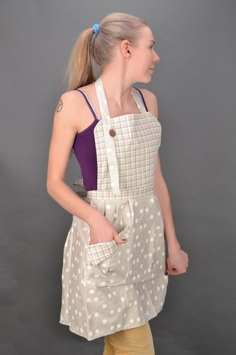 Polka dot and checkered beige fabric kitchen apron - MADEheart.com
