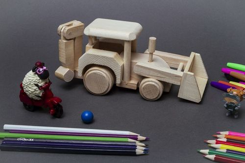 Wooden toy Tractor  - MADEheart.com