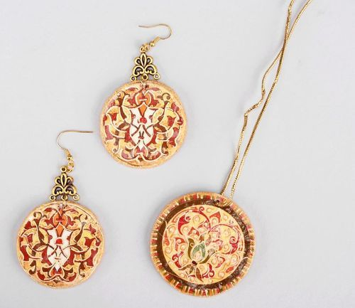 Jewelry set (earrings and pendant) Wealth - MADEheart.com