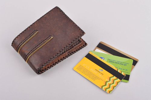 Stylish handmade leather wallet gentlemen only fashion accessories for men - MADEheart.com