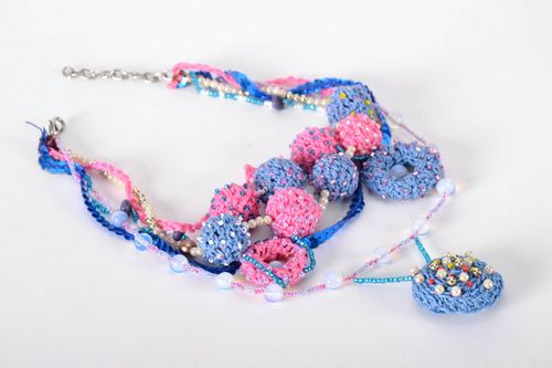 Crocheted necklet - MADEheart.com