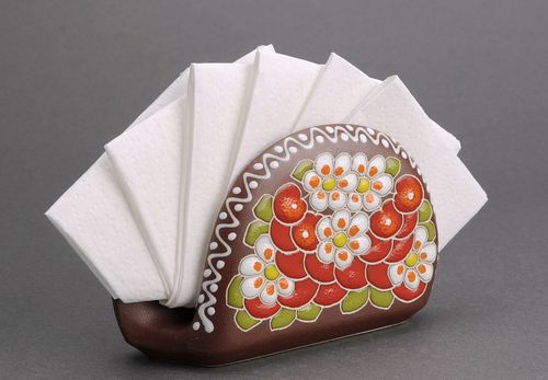 Ceramic patterned napkin holder - MADEheart.com