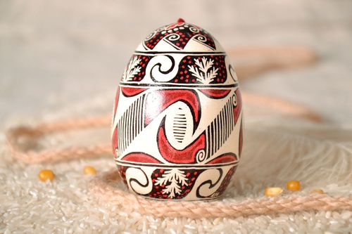 Painted goose egg with a tassel - MADEheart.com