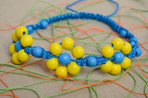 Transforming macrame woven necklace Yellow and Blue - MADEheart.com