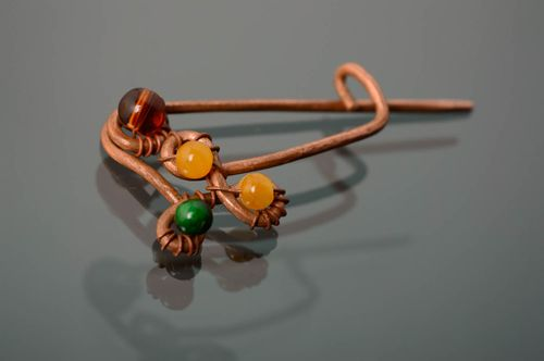 Wire wrap copper brooch with lampwork beads - MADEheart.com