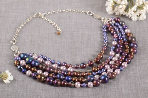 Handmade beaded necklace fashion accessories glass bead necklace fashion tips - MADEheart.com