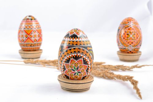 Goose Easter egg with rich ornament - MADEheart.com