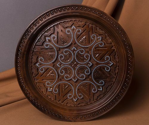 Wooden decorative plate - MADEheart.com