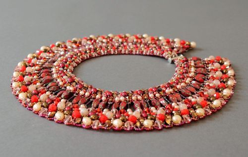 Necklace Made of Beads and Pearls Nefertiti - MADEheart.com