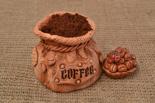 Unusual vessel for free-flowing ingredients in shape of sack for coffee - MADEheart.com