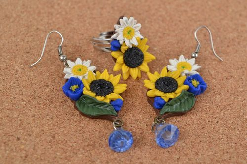 Handmade floral polymer clay jewelry set colorful earrings and ring Field Spirit - MADEheart.com