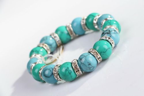 Bracelet with green and blue turquoise on elastic band - MADEheart.com