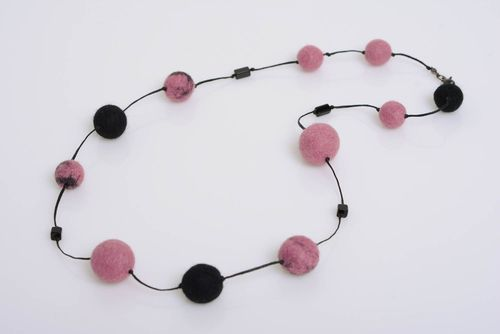 Wool felting handmade necklace with plastic beads beautiful female accessory - MADEheart.com