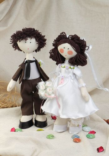 Handmade textile dolls in the form of the bride and groom made of cotton fabric  - MADEheart.com