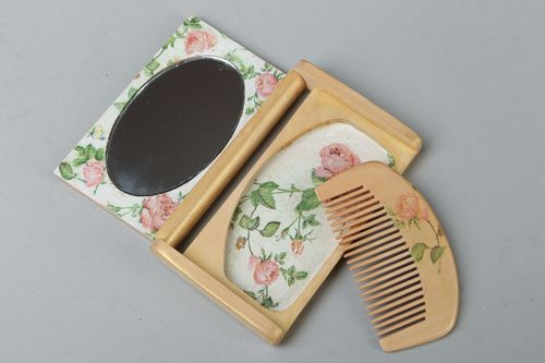 Hair comb and mirror set - MADEheart.com