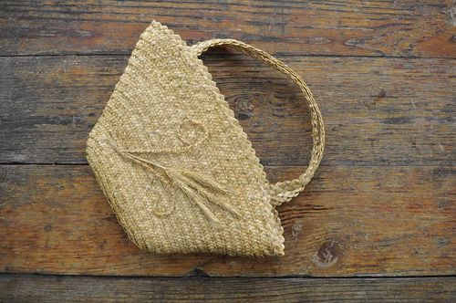 Straw bag basket - MADEheart.com