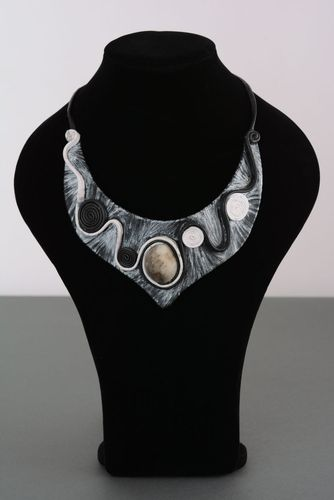 Massive leather jewelry - MADEheart.com